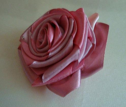 Вышивка Лентами Розы..
