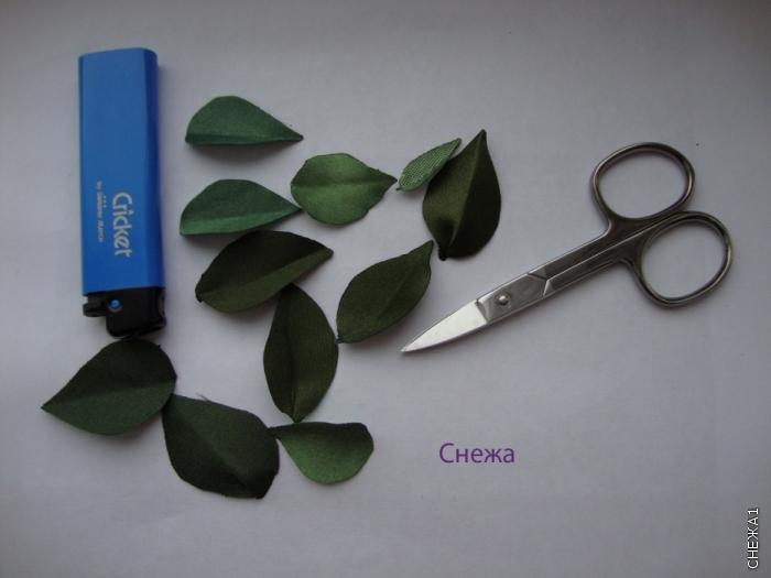 Вышивка лентами листьев для сирени 80