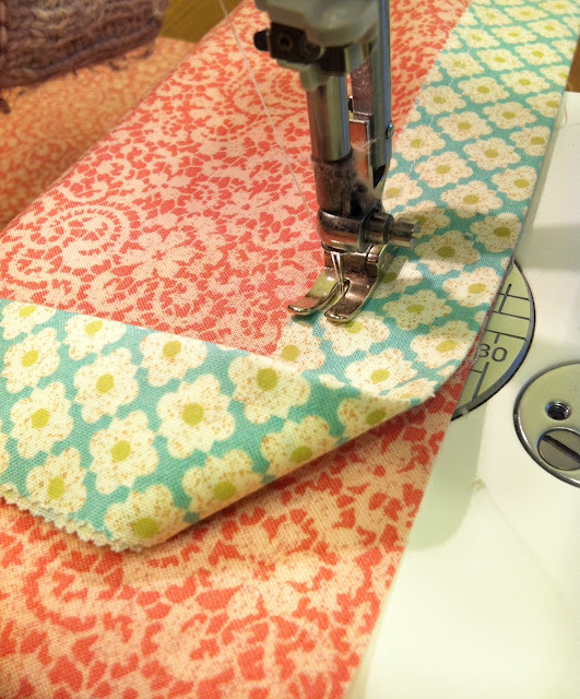 Можно ли сшить подушку без швейной машинки 59