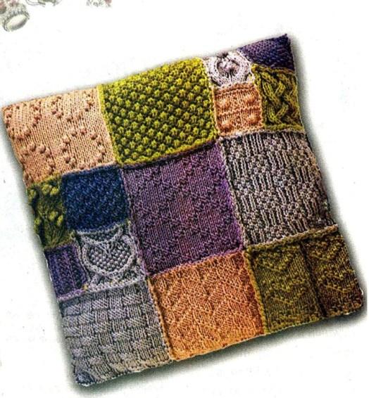 схема и описание вязаной подушки в стиле пэчворк