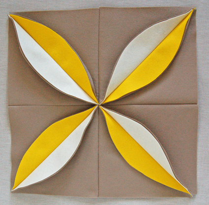 Подушки из фетра: мастер-класс по шитью декоративной подушки