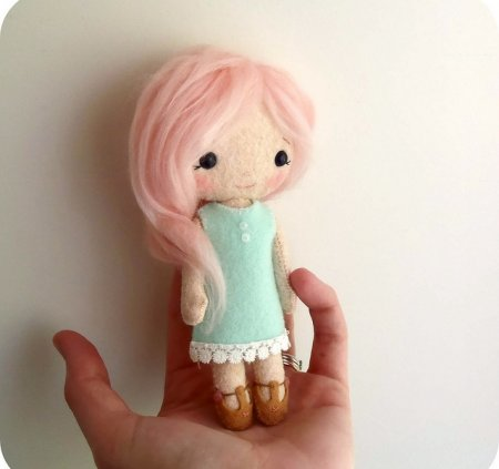 Как сшить куклу из фетра