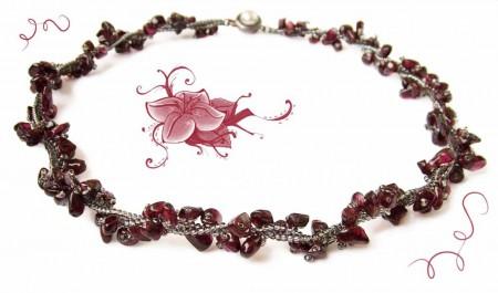 Украшения из бисера: мастер-класс плетению женского ожерелья