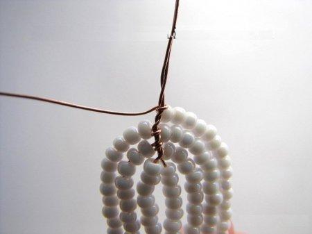 Плетение орхидеи из бисера: мастер-класс бело-красного цветка, За чашкой чая