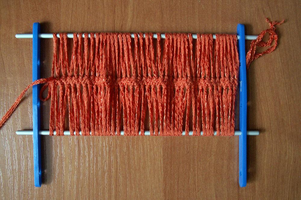 Вязание крючком на вилке.