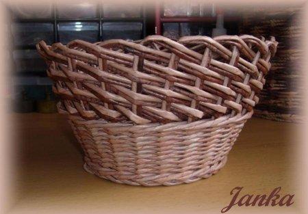 Косое плетение из газет на примере плетеной корзинки 1379404298_2