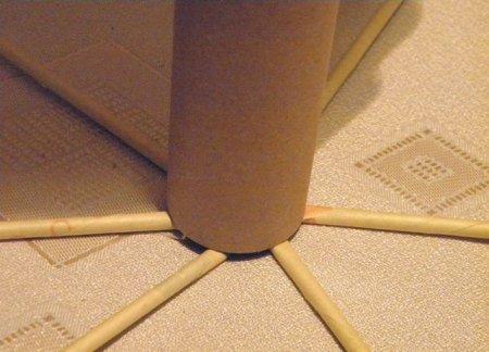 Спиральное плетение из газет: мастер класс на примере пасхального декора 1379407637_5