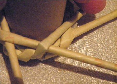 Спиральное плетение из газет: мастер класс на примере пасхального декора 1379407642_13