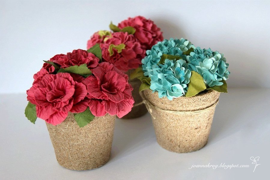 Цветы в горшке из гофрированной бумаги своими руками фото