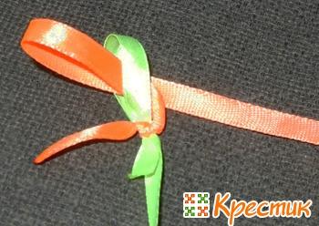 Плетение фенечек из ленточек : круглые и квадратные фенечки из 2 и 4 лент