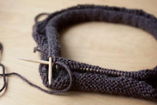 Схема вязания женской шапки и