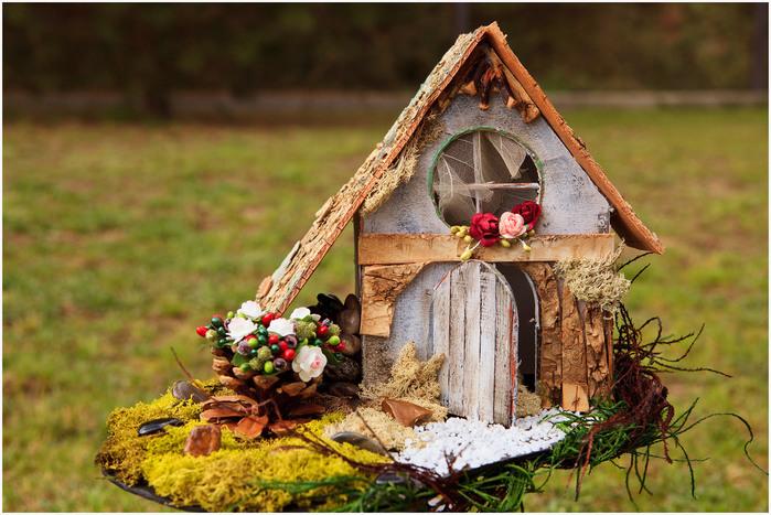 Как сделать декоративный домик своими руками из дерева