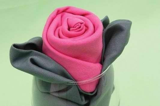 Цветы из салфеток своими руками на стол