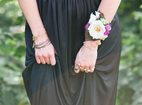 Фото браслетов из цветов для невесты