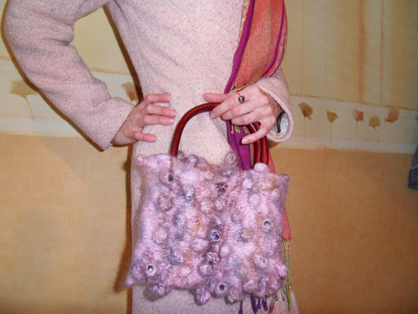 Валяние в стиральной машине: сумочка в технике Шибори (сибори)