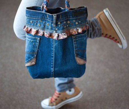 Как сшить сумку из старых джинсов: выкройка и мастер класс по шитью