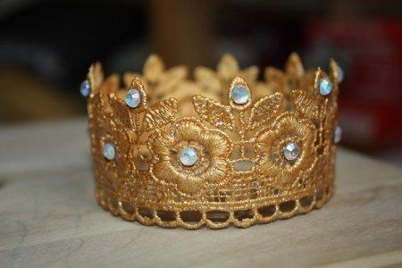 Корона для принцессы своими руками из кружева