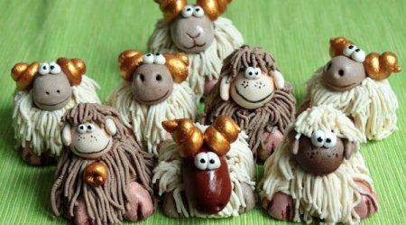 Символ 2015 года - коза (овечка)  из соленого теста: мастер класс по лепке