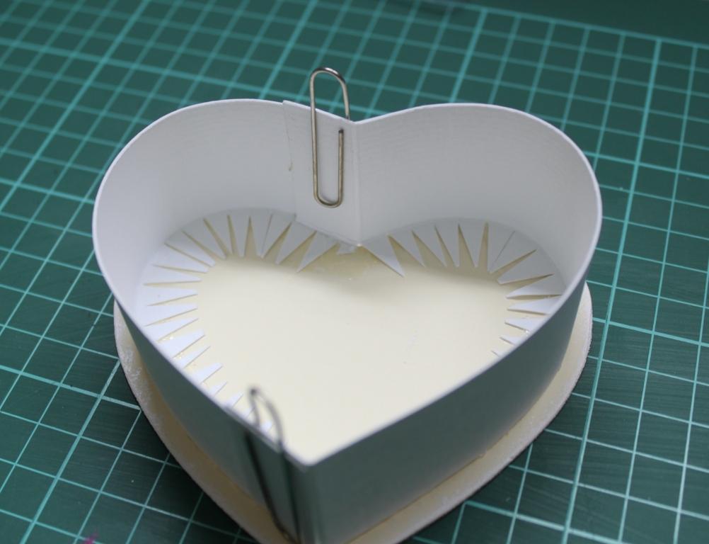 Как сделать коробочку из картона сердце
