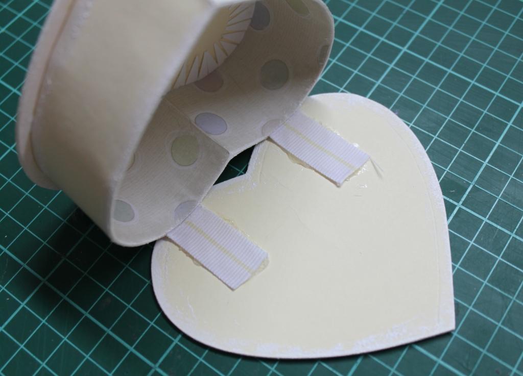Шкатулочка своими руками из картона
