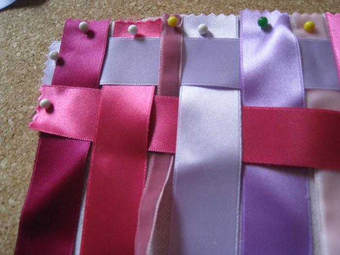 Подушка из атласных лент своими руками мастер класс 92