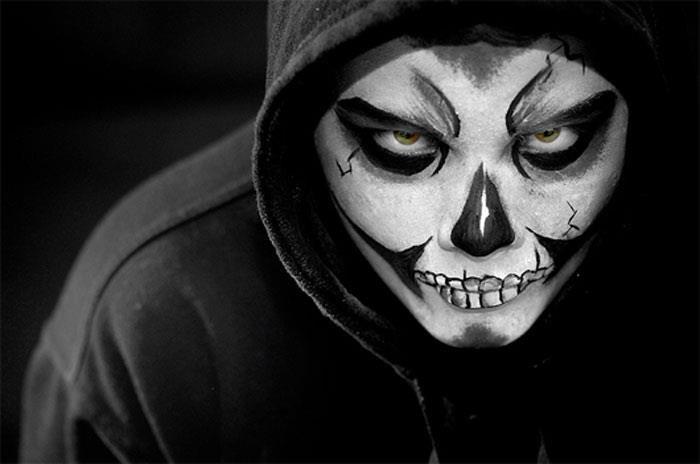 Раскраски на хэллоуин на лице - 9